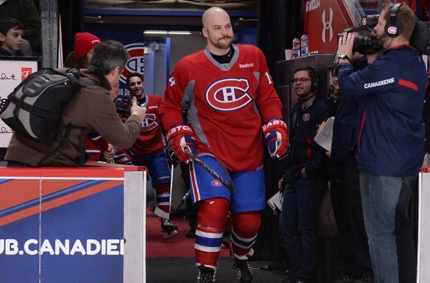 L'acteur Marc-André Grondin ramasse certains fans du Canadien!
